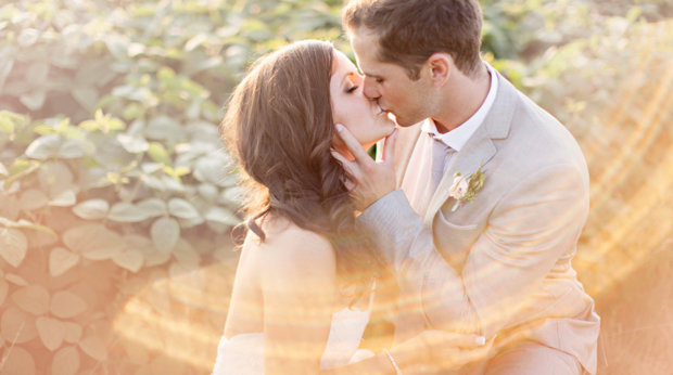 Romantic Photoshoots: Top 5 Tips