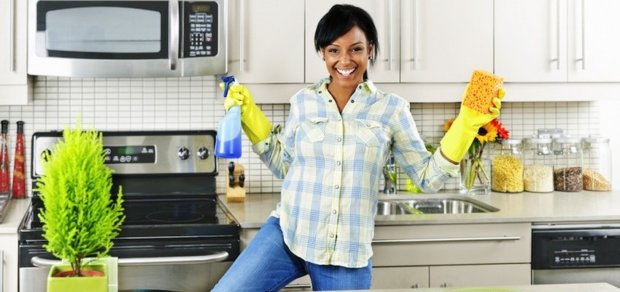 Chemical Detox Tips: 10 Toxic Products in Your Home
