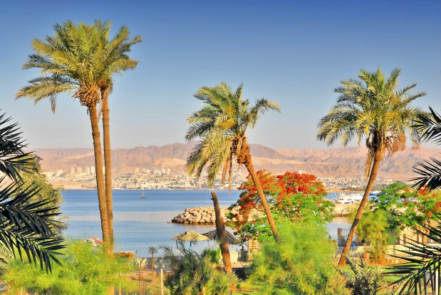 A Week in Jordan: Adventure, Glamping, History, Beaches & Food
